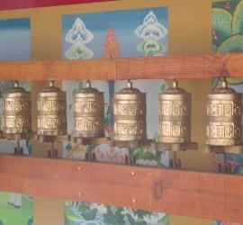 Molinillos de oraciones. Sakya Drogon Ling.